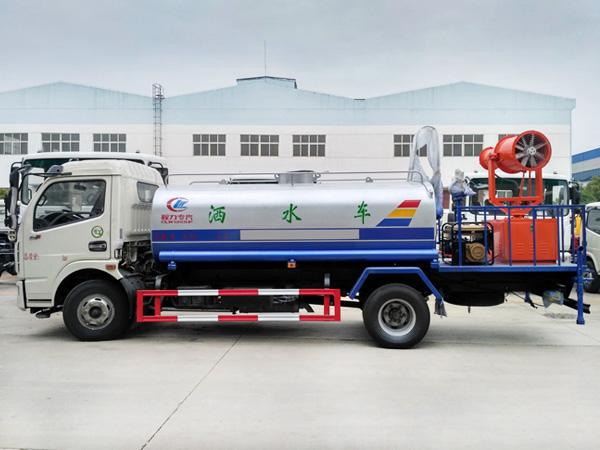 8立方抑尘车 30-35米扬尘车 8吨绿化喷洒车