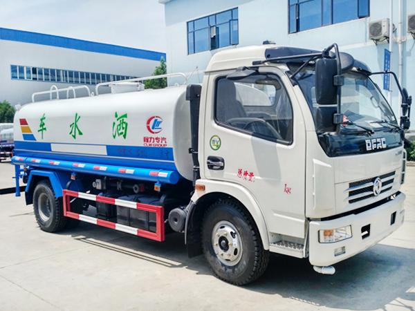 东风大多利卡洒水车 程力威牌CLW5110GPS5型绿化喷洒车