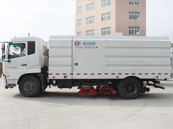 16吨扫路车