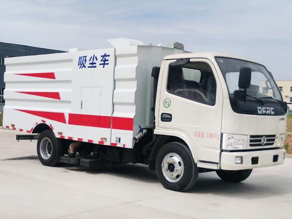 8吨吸尘车 小型吸尘车 多利卡吸尘车