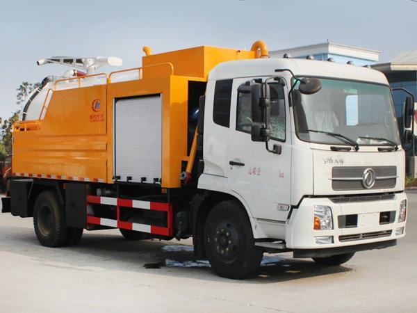 12吨多功能管道清洗吸污车